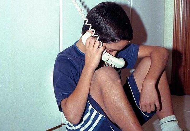 Con la voz de un niño del otro lado del teléfono, intentaron extorsionar a un hombre, quien no cayó en la trampa. (Foto de contexto/Internet)
