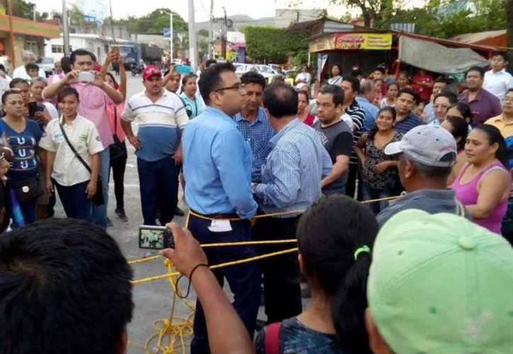 Mantienen encerrados bajo cadena a siete funcionarios de la Procuraduría General de Justicia de Hidalgo. (Milenio Digital)