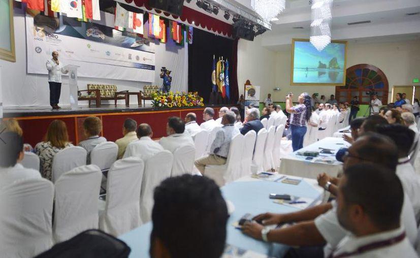 Inauguran el XIII Foro Internacional de Seguridad y Protección Marítima y Portuaria, en el que participan representantes de 15 países de América Latina y el Caribe. (Gustavo Villegas/SIPSE)