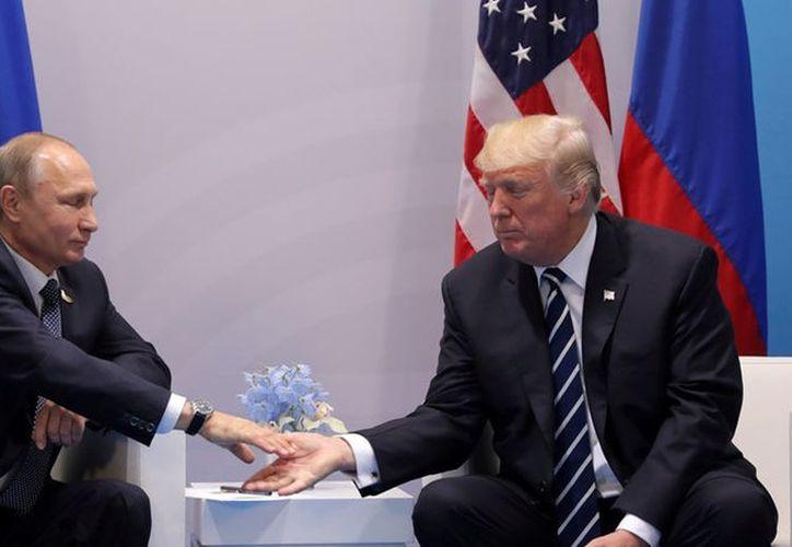 """En dicha acusación no hay ninguna mención a una supuesta """"conspiración"""" entre el equipo del magnate y Rusia. (Foto: De Contexto )"""