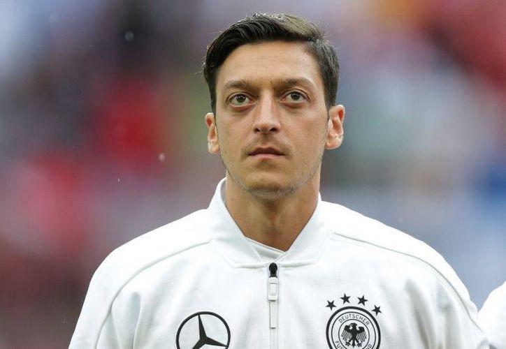 La acusación de Mesut Özil trajo una respuesta inmediata de Federación Alemana de Fútbol. (ABC)
