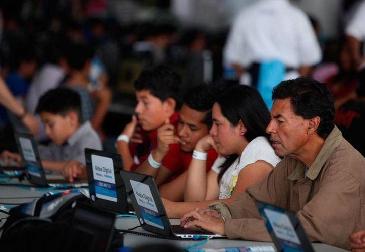 Aldea Digital Telcel–Infinitum, que en sus ediciones 2013 y 2014 se consolidó como el evento de inclusión digital más grande del mundo. (Imagen de contexto/proceso.com.mx)
