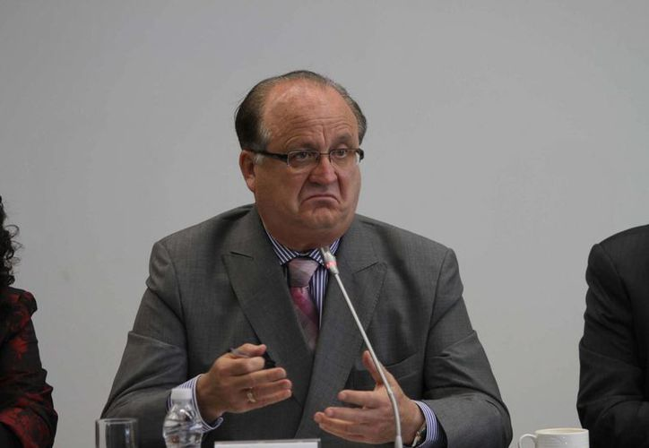 El gobernador de Morelos, Graco Ramírez, afirmó que en la protesta de maestros, hay estrategia de guerrilla, policías comunitarias y vandalismo político. (Notimex)