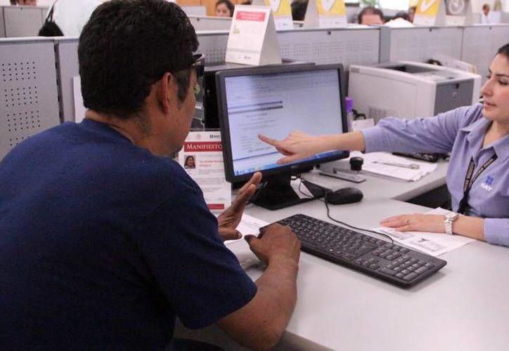 El Servicio de Administración Tributaria (SAT) iniciará, en septiembre, auditorías electrónicas a contribuyentes. (Milenio Novedades)