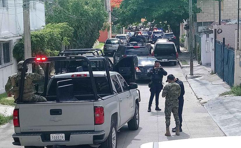 Se registró una gran movilización policíaca la mañana de ayer. (Redacción/SIPSE)