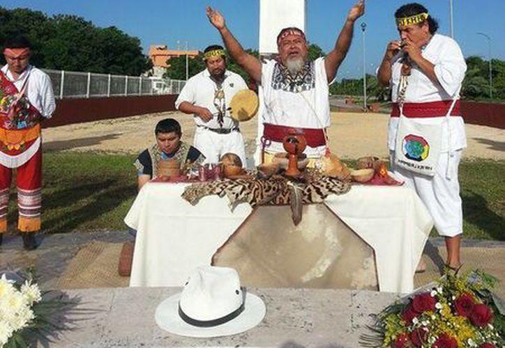 En Bolivia participará en una cumbre de pueblos autóctonos. (Octavio Martínez/SIPSE)