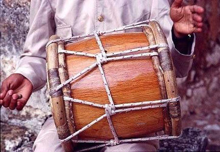 Una tambora muy parecida a esta era la que tocaba Lorenzo todos los días. (Jorge Moreno/SIPSE)