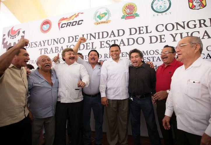 Rolando Zapata Bello reconoció el esfuerzo de los diferentes sindicatos que integran el Congreso del Trabajo en la entidad. (Milenio Novedades)