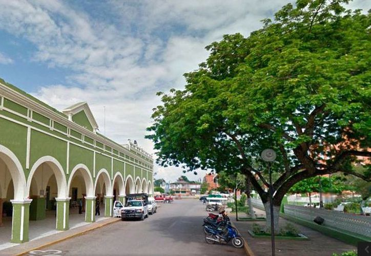 Imagen del Ayuntamiento de Tekax, uno de los 40 municipios que tienen conflictos laborales con trabajadores despedidos injustificadamente. (Street View/Google Maps)