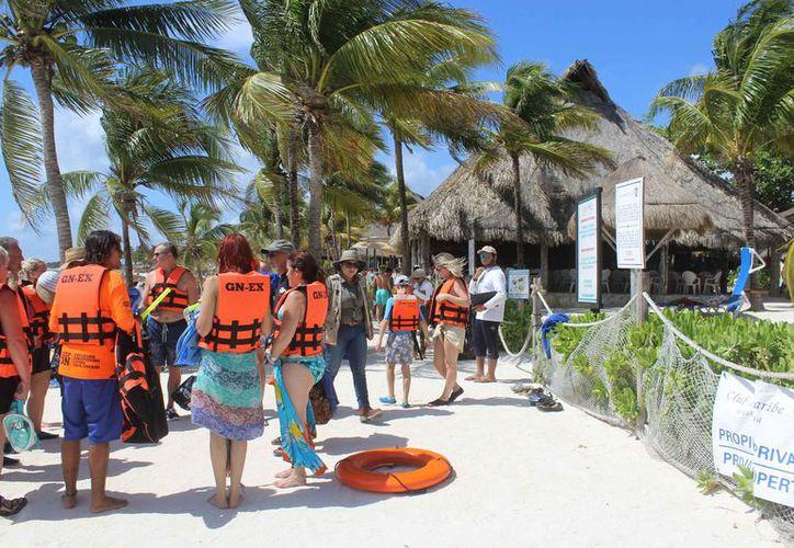 Se registró un aumento en el número de visitantes en la bahía. (Sara Cauich/SIPSE)
