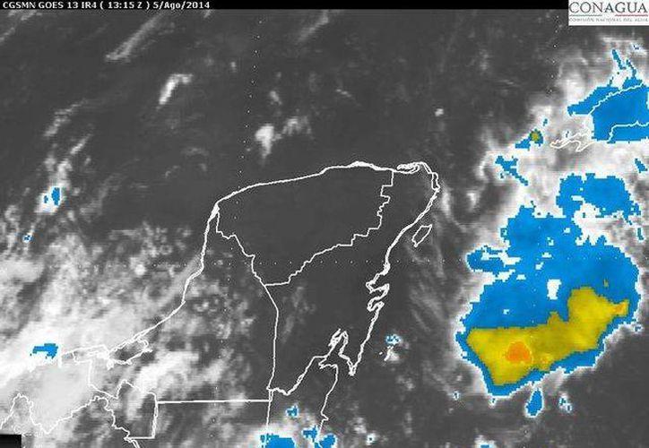 La entrada de aire húmedo proveniente del mar Caribe propiciará el desarrollo de nublados en la Península de Yucatán. (Redacción/SIPSE)