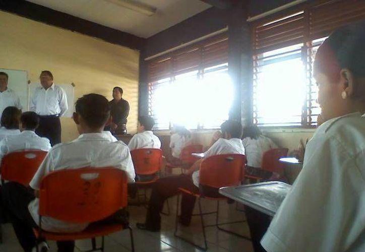 """Piden a las autoridades educativas """"blindar"""" el proceso que la reforma educativa marca. (Archivo SIPSE)"""