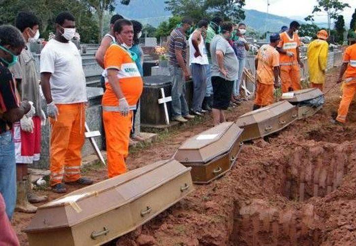 Desde 1979 los partidos políticos brasileños silencian sus diferencias en los funerales. (Agencias)