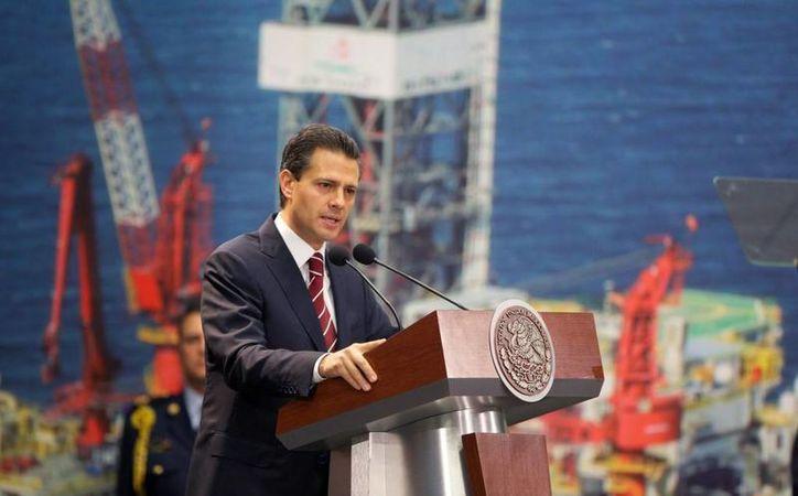 Peña Nieto dijo que la industria petrolera ha disminuído 'sustancialmente'. (presidencia.gob.mx)