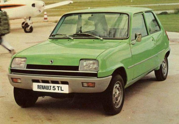 Un nuevo subcompacto de Renault con características similares al R5, llegaría al mercado mexicano en 2017 a un precio estimado de 150 mil pesos. (Renault)