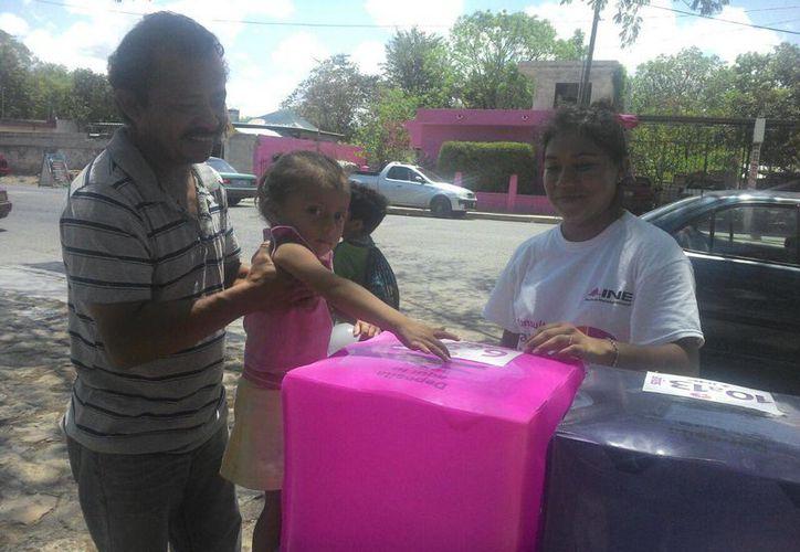 En la zona poniente de Mérida hay 28 casillas instaladas para recoger las opiniones de los niños. (Alicia Carrasco/SIPSE)