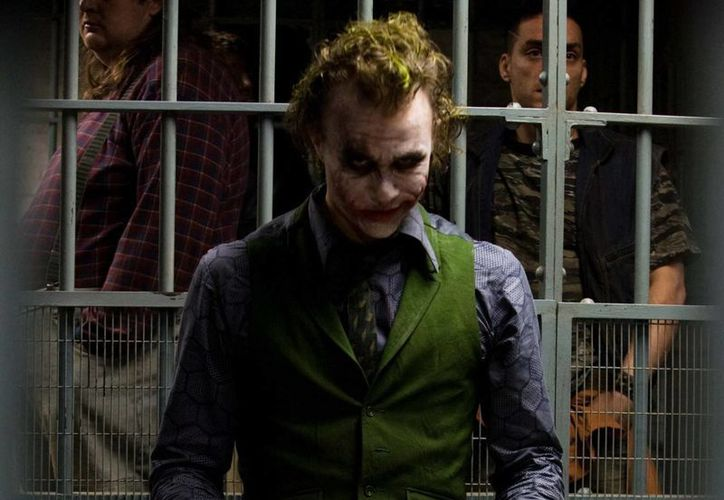"Los últimos momentos de vida del actor australiano que interpretó a Joker en la película ""The Dark Knight (2008), en la obra ""The Jöker Jack. La última carcajada de Heath Ledger"". (Agencias)"