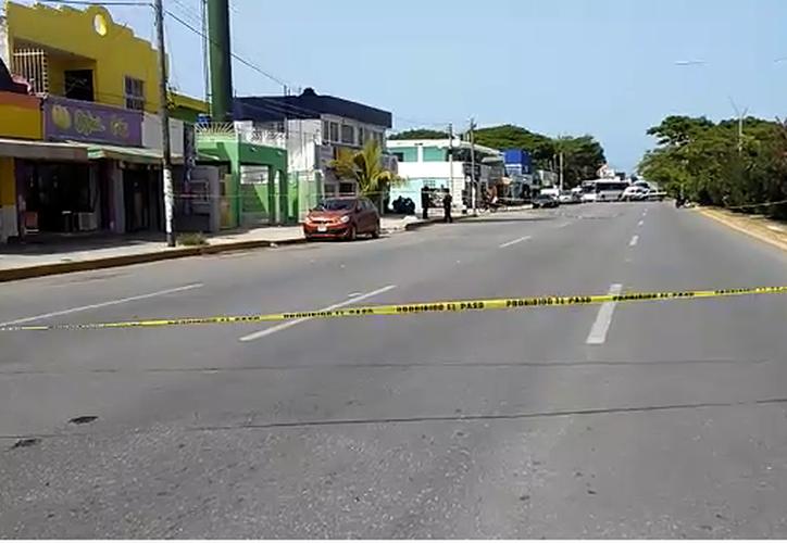 El área fue acordonada por elementos de la Policía Municipal. (Redacción/SIPSE)