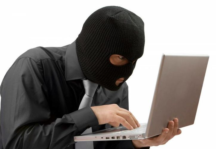 Ciberdelincuentes aprovecharon la situación para crear varios dominios maliciosos e infectar a los usuarios (lemondeinformatique.fr)