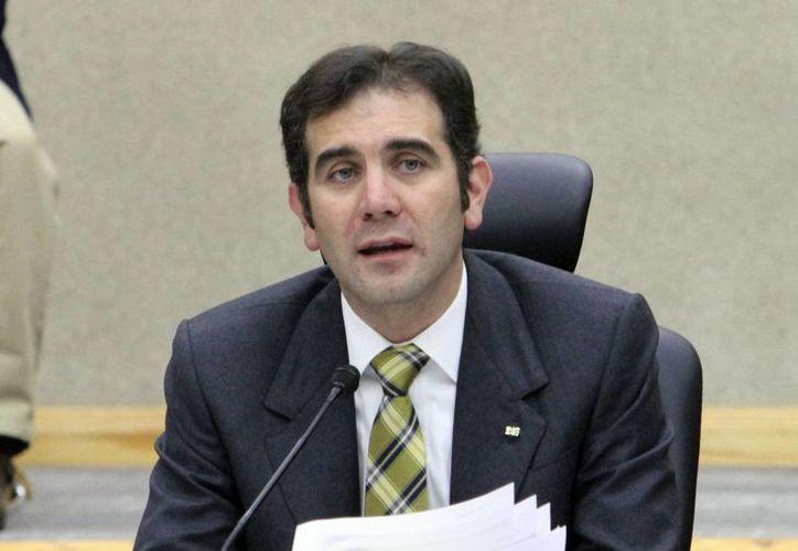 Lorenzo Córdova, presidente del Instituto Nacional Electoral, informó que el conteo rápido se dará a conocer a más tardar a las 23:00 horas. (Notimex)