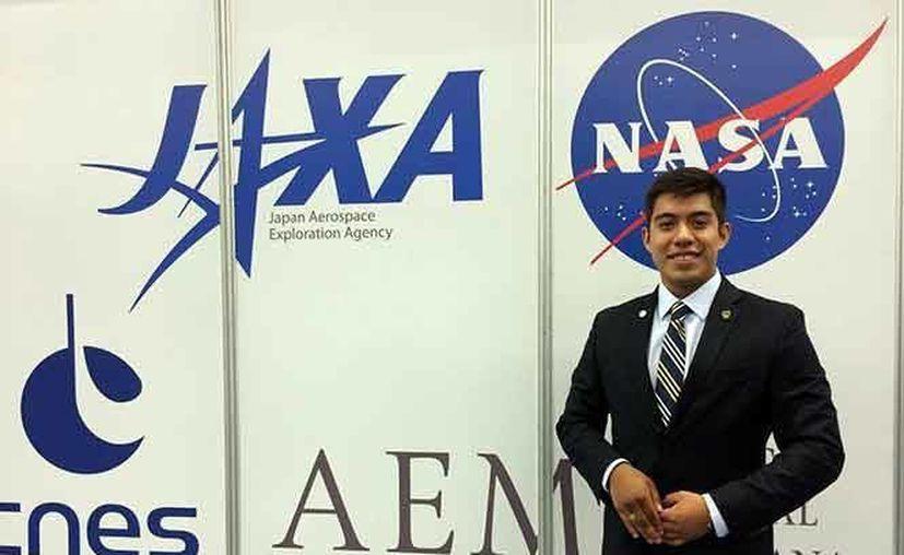 El joven estudiante de la Universidad Nacional Autónoma de México (UNAM), Yair Israel Piña López, participará del 29 de abril al 14 de mayo en una misión de trabajo en la que estará bajo condiciones similares a las del planeta rojo. (Notimex)