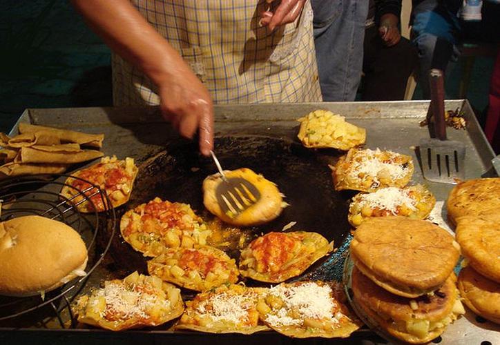 Muchos de los alimentos que consumimos a diario los mexicanos tienen 'aflatoxinas', sustancias cancerígenas. (Contexto/Internet)