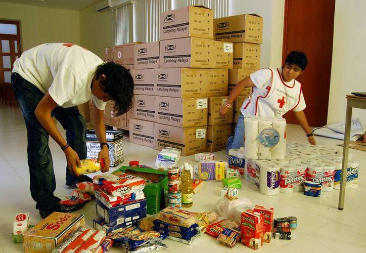 La Cruz Roja exhorta a donar comida enlatada. (Milenio Novedades)