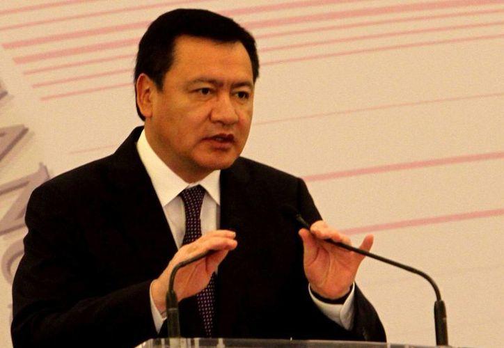 El titular de la Segob, Miguel Ángel Osorio Chong, dijo que la dependencia que encabeza está abierta al diálogo con los ciudadanos y la sociedad civil. (Notimex)