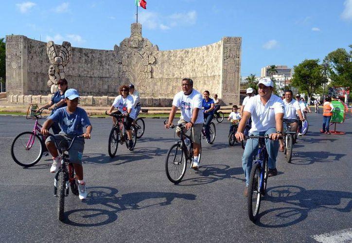 La propuesta de los hoteleros es pasar la Bici-ruta al carril poniente. (Milenio Novedades)