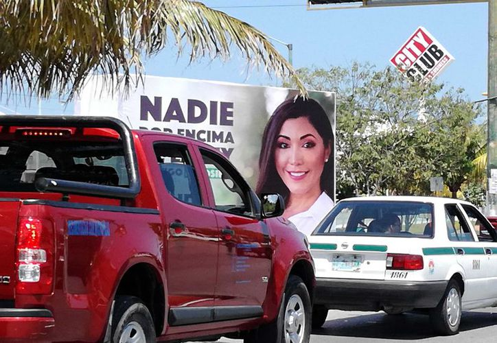 Está prohibido colocar publicidad política y electoral en la totalidad de la zona hotelera de Cancún. (Ivett Ycos)