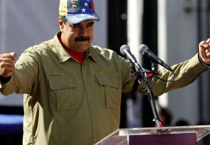 Rechazan la decisión de Nicolás Maduro de intentar elecciones anticipadas. (excelsior.com)