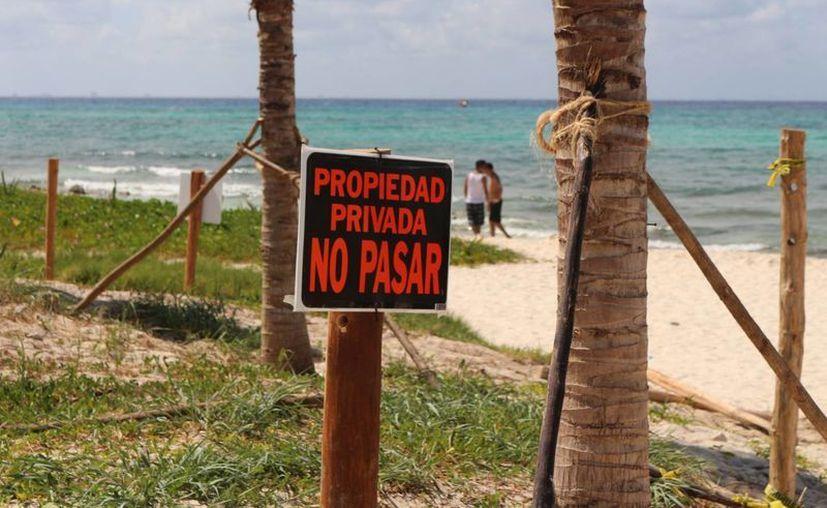 La playa de Punta Esmeralda pertenece al Ayuntamiento de Solidaridad, aclara la Zofemat. (Adrián Barreto/SIPSE)