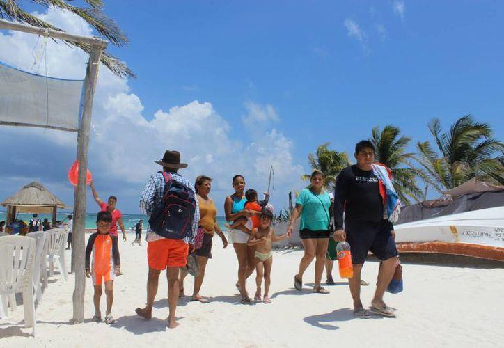 El buen clima fue favorable a la demanda de visitantes. (Sara Cauich/ SIPSE)