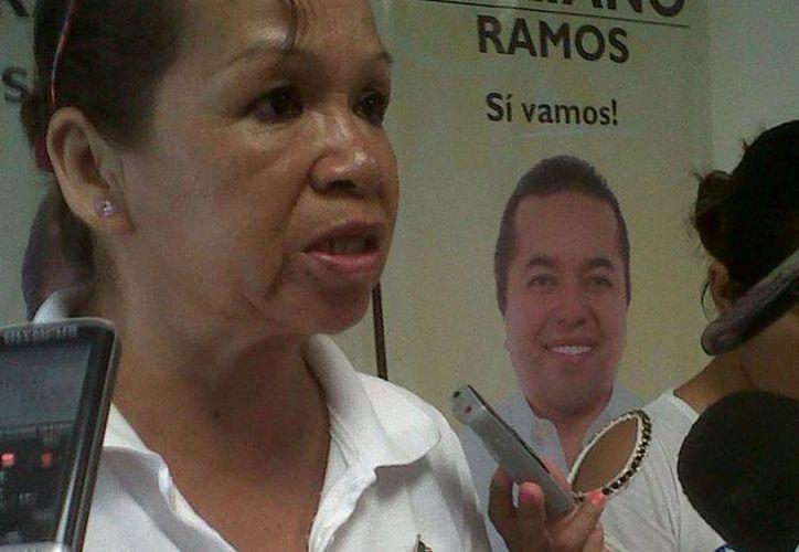 """""""Las puertas del Ieqroo se abren para unos y están cerradas para otros porque no quieren una participación limpia"""", dijo la ex candidata Leal González. (Tomás Álvarez/SIPSE)"""