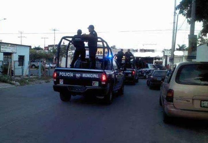 La policía trasladó a los sujetos a Seguridad Pública. (Archivo SIPSE)