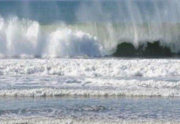 Los efectos del mar de fondo que afectó la semana pasada en Oaxaca. (noticierostelevisa.com)