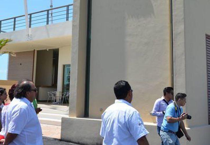 Autoridades municipales y portuarias realizaron un recorrido por en la Terminal Marítima de Chetumal. (Gerardo Amaro/SIPSE)