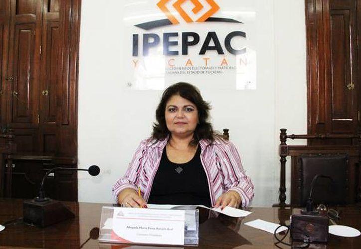 María Elena Achach Asaf no supo explicar por qué incurrió en irregularidades. (Milenio Novedades)