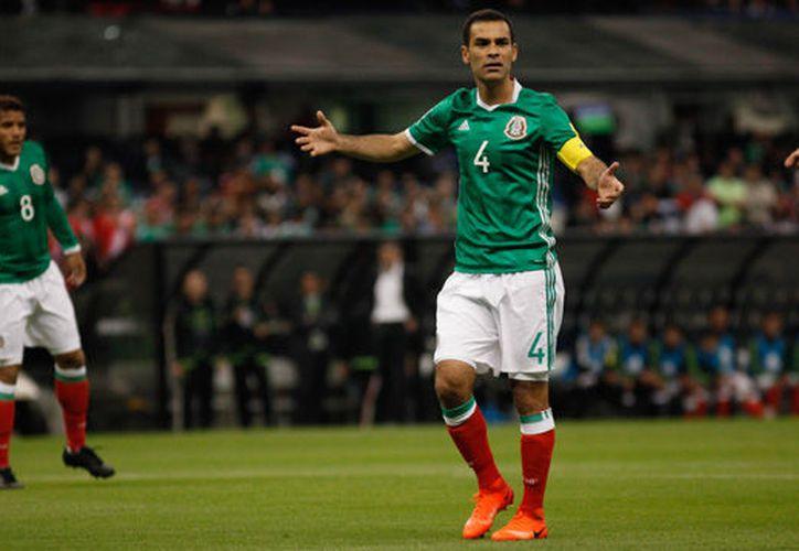 Rafa Márquez y Jürgen Damm no jugarán contra Trinidad y Tobago por lesiones. (Récord).