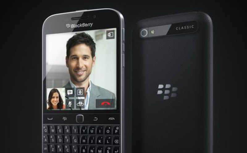 BlackBerry demandó a Facebook
