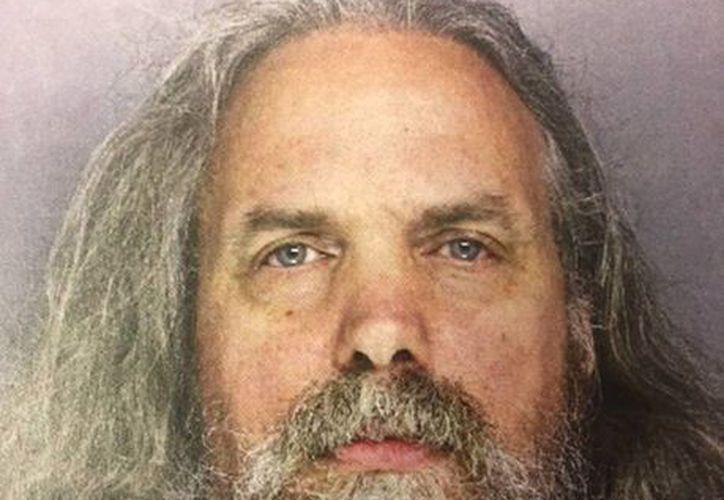 Lee Kaplan, fue acusado de agresión sexual contra la adolescente, con la que tiene dos hijas. (Agencias)