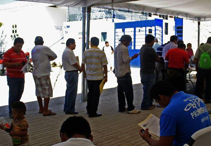 Los comerciantes ambulantes son los contribuyentes más modestos. (Archivo/SIPSE)