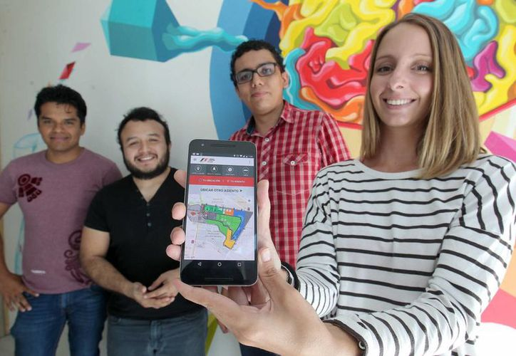 Equipo desarrollador: Sebastián Méndez Girón, Germán Martínez García, Jonathan Horta Pérez, Jhonny Ayin Tucuch y Cristina Bosch Ferrer. (Cortesía)