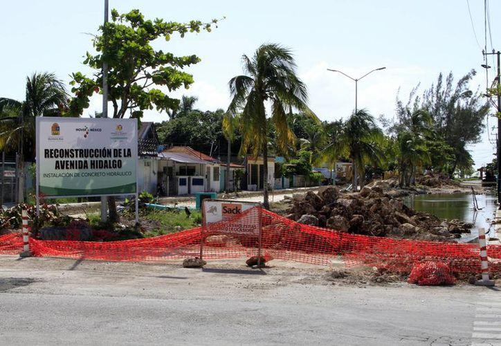Son 29 millones de pesos los que se atienden en la rehabilitación de la avenida y en los comedores comunitarios. (Ángel Castilla/SIPSE)