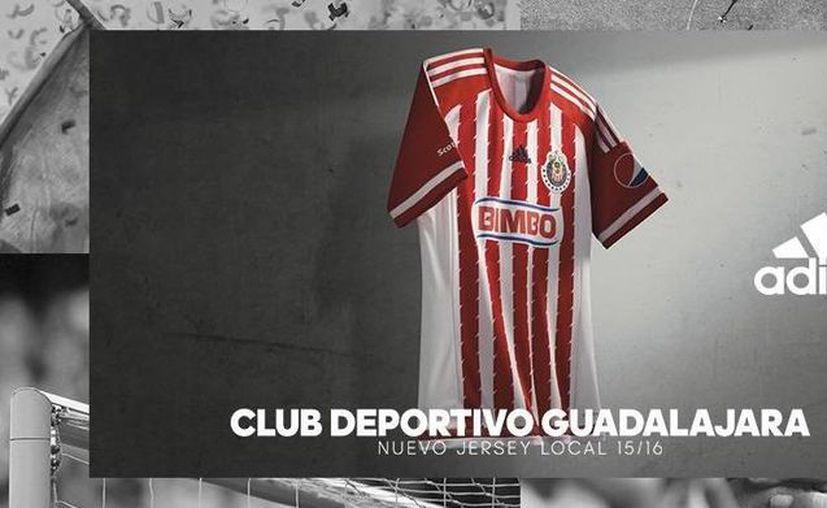 El uniforme principal de Chivas de Guadalajara no tendrá grandes cambios. (Twitter de Chivas)