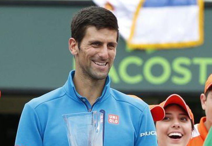 El serbio Novak Djokovic se mantiene como el tenista número uno del mundo. (Notimex)