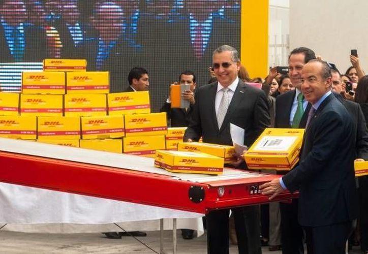 DHL espera invertir en México unos 250 millones de dólares en los próximos dos años. En la imagen, la inauguración de una plataforma logística en Edomex. (Archivo/SIPSE)