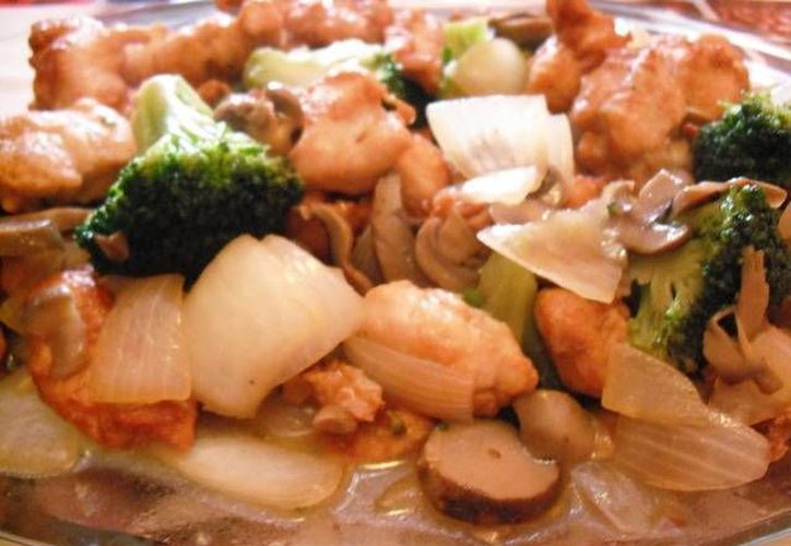 Cuando viaja a China aprovecha a traer té de flores y especias, para cocinar su comida favorita. (Foto de Contexto/Internet)