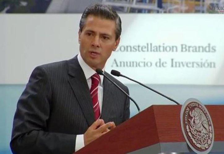 El presidente Enrique Peña Nieto durante el anuncio de inversión de la empresa Constellation Brands. (Milenio)