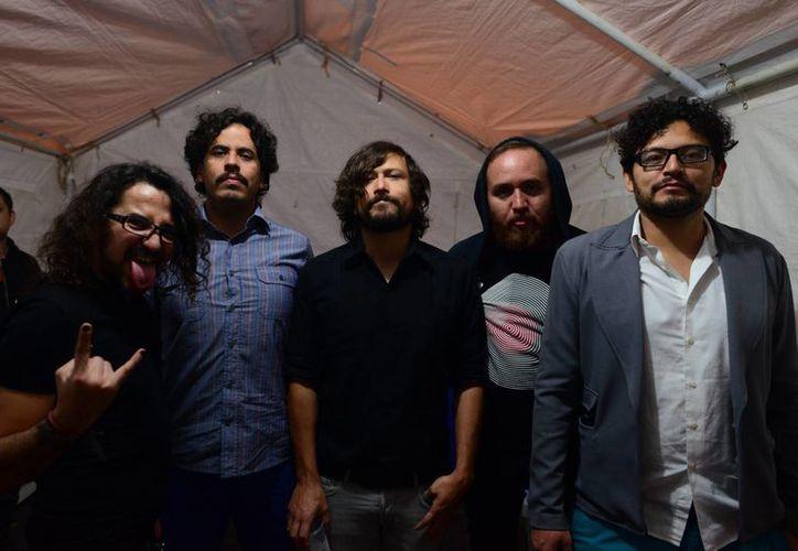 """Dapuntobeat está en plena promoción de su última producción musical I/O, de la cual estrenará en breve el videoclip """"Ruido es el sonido"""". (Luis Pérez/SIPSE)"""